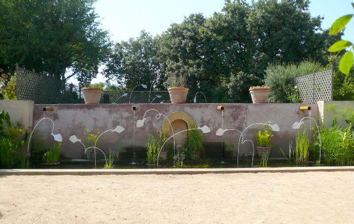 poissons porcelaine frise jardin exposition
